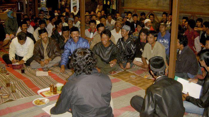 Penyuluhan ke Desa-Desa Tepi Hutan